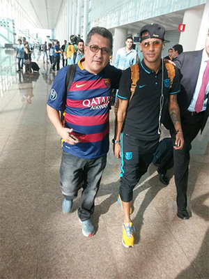 Pedro Pablo host with Neymar